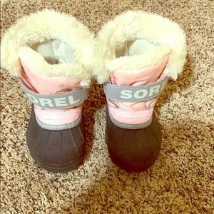 Other - Girls size 7 Sorel winter boots